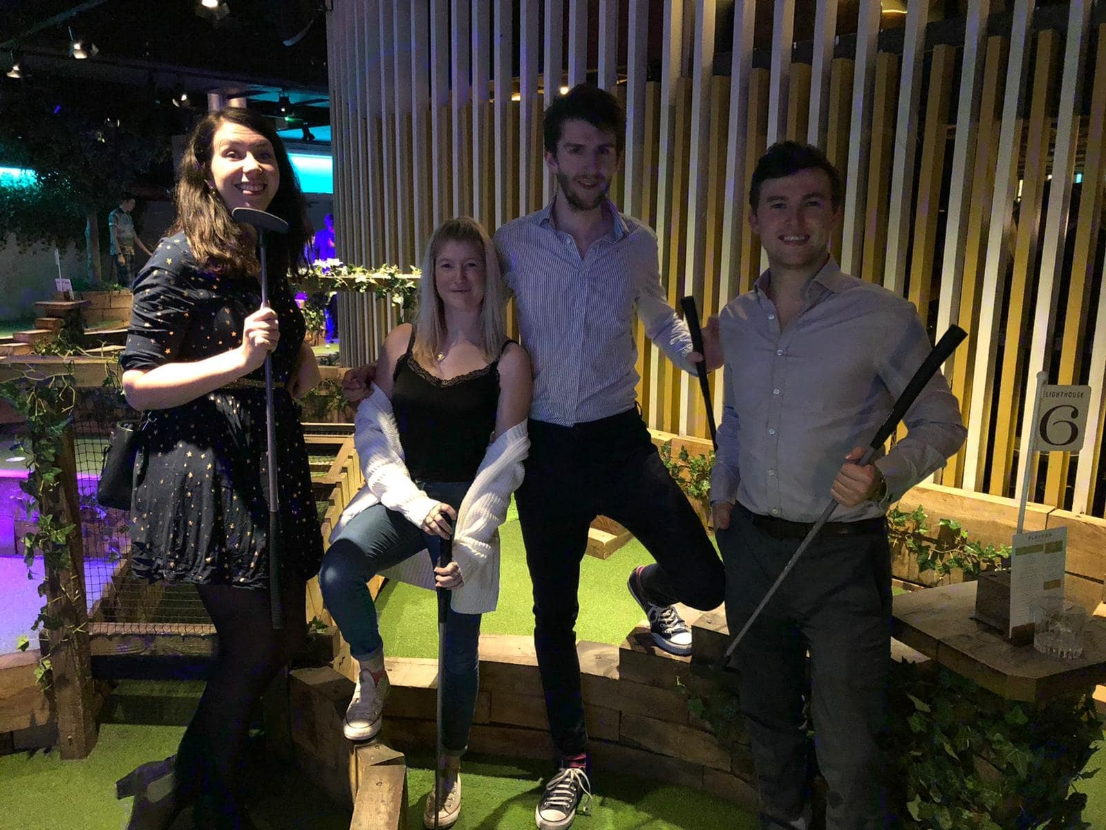 Swingers Golf – The City